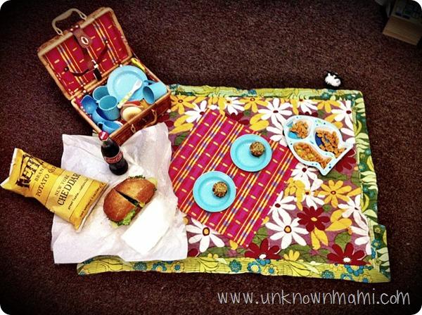 Indoor-picnic