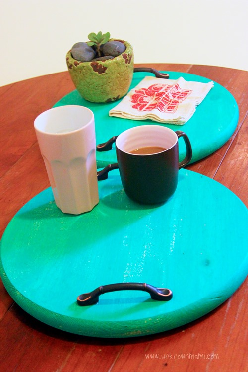 DIY-Serving-Trays-with-Pantone-Color-of-the-year-#LowesCreator