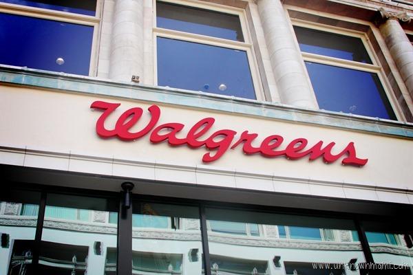 Walgreens_entrance_Flagship
