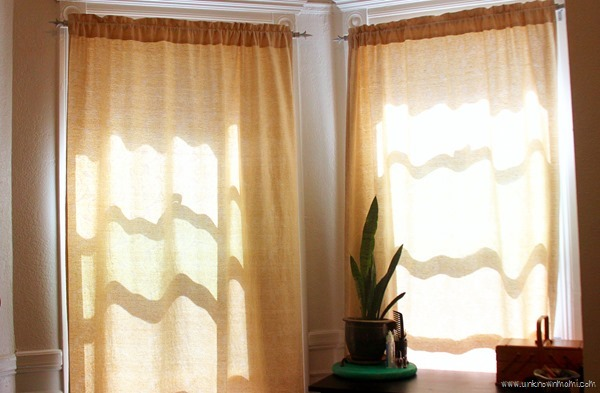 Boring_Curtains-unknownmami