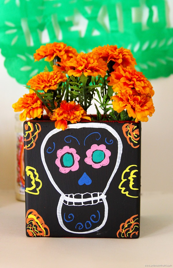 Day Of The Dead Diy Chalkboard Vases By Claudya