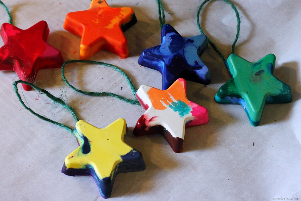 diy melted crayon christmas tree ornaments by claudya