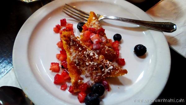 Blu Jam Cafe Crunchy French Toast
