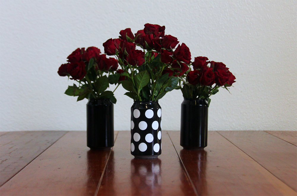 Diy aluminum can craft by claudya for Aluminum can decorations