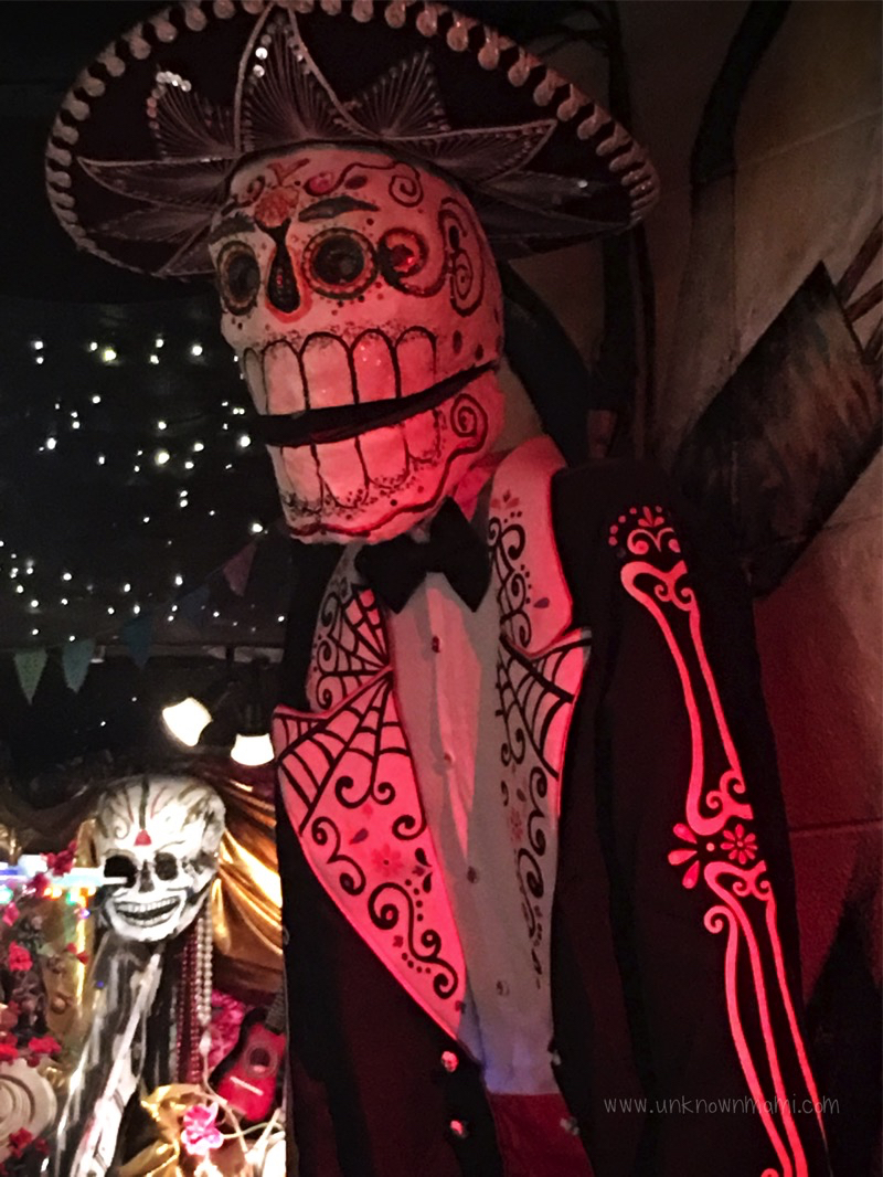 Mariachi Calavera at Urban Putt
