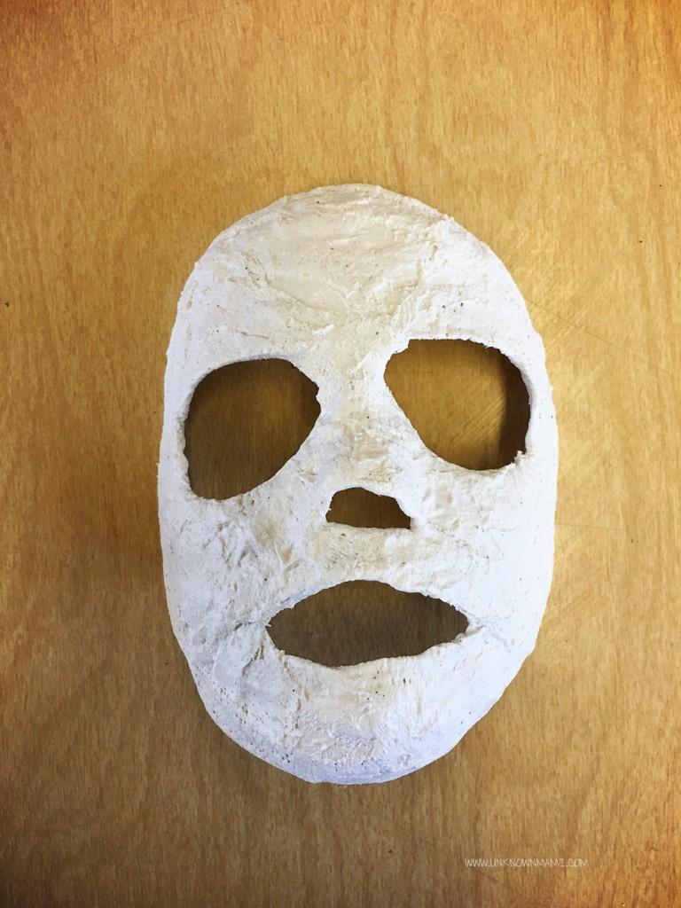 Plaster gauze mask